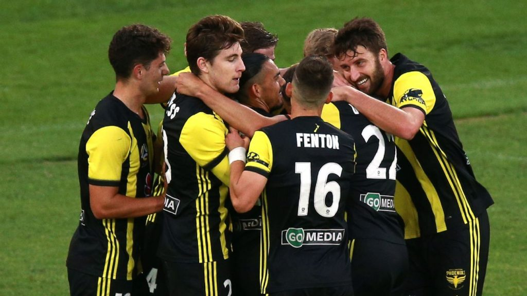 35b91c6e9 Wellington Phoenix put three past Western Sydney Wanderers on emotional  night