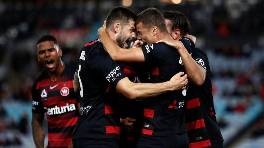 7aafb063b Western Sydney Wanderers dent Melbourne s finals hopes